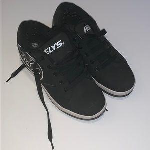 Heelys black skating sneakers boys youth size 5
